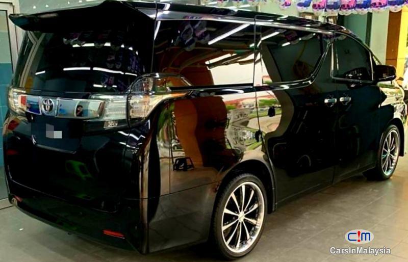 Toyota Vellfire 2 5za Mpv Sambung Bayar Car Continue Loan For Sale Carsinmalaysia Com 49489 In 2020 Car Tinted Windows Car Car Comfort