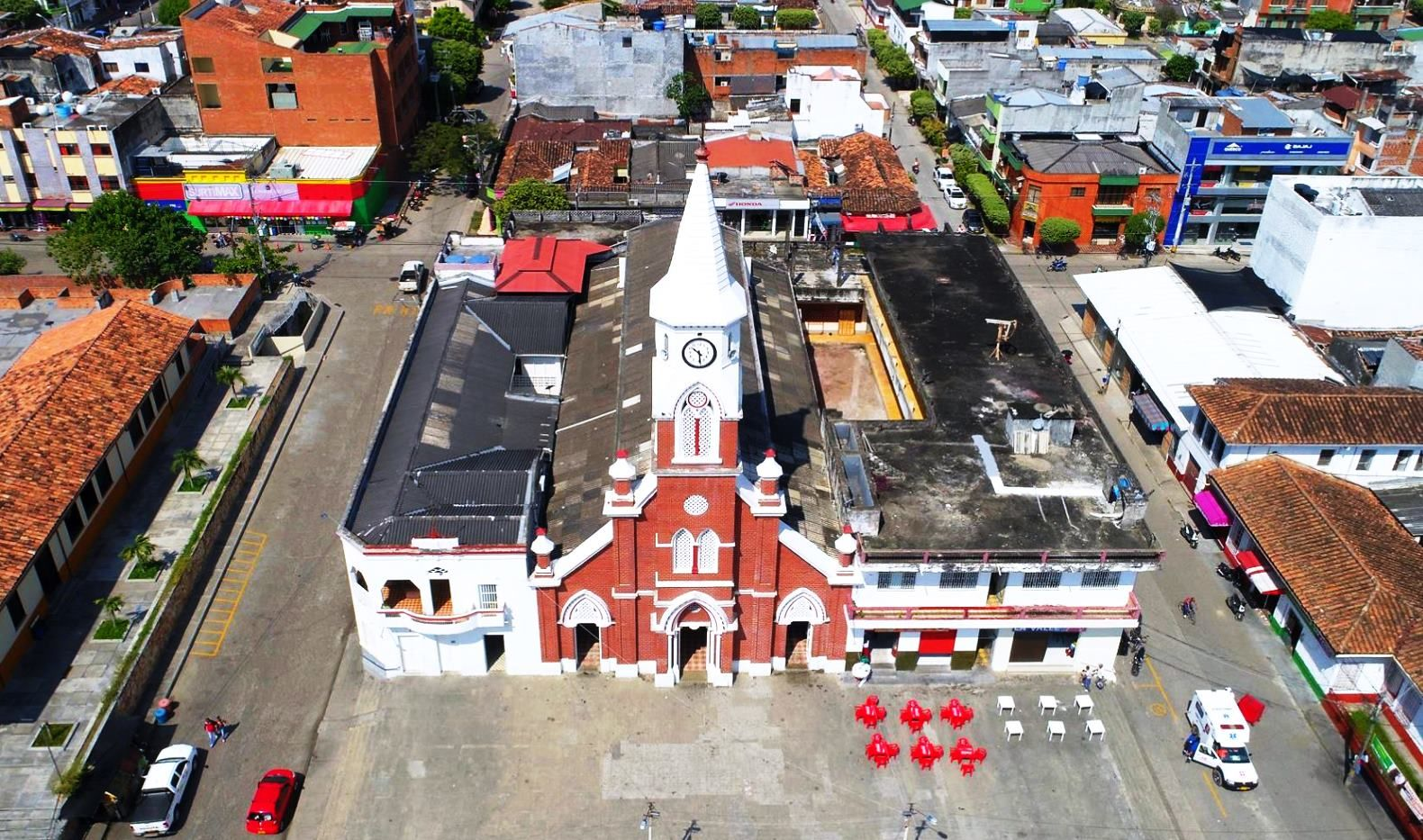 Colombia Panoramica De La Iglesia De Puerto Berrio Antioquia