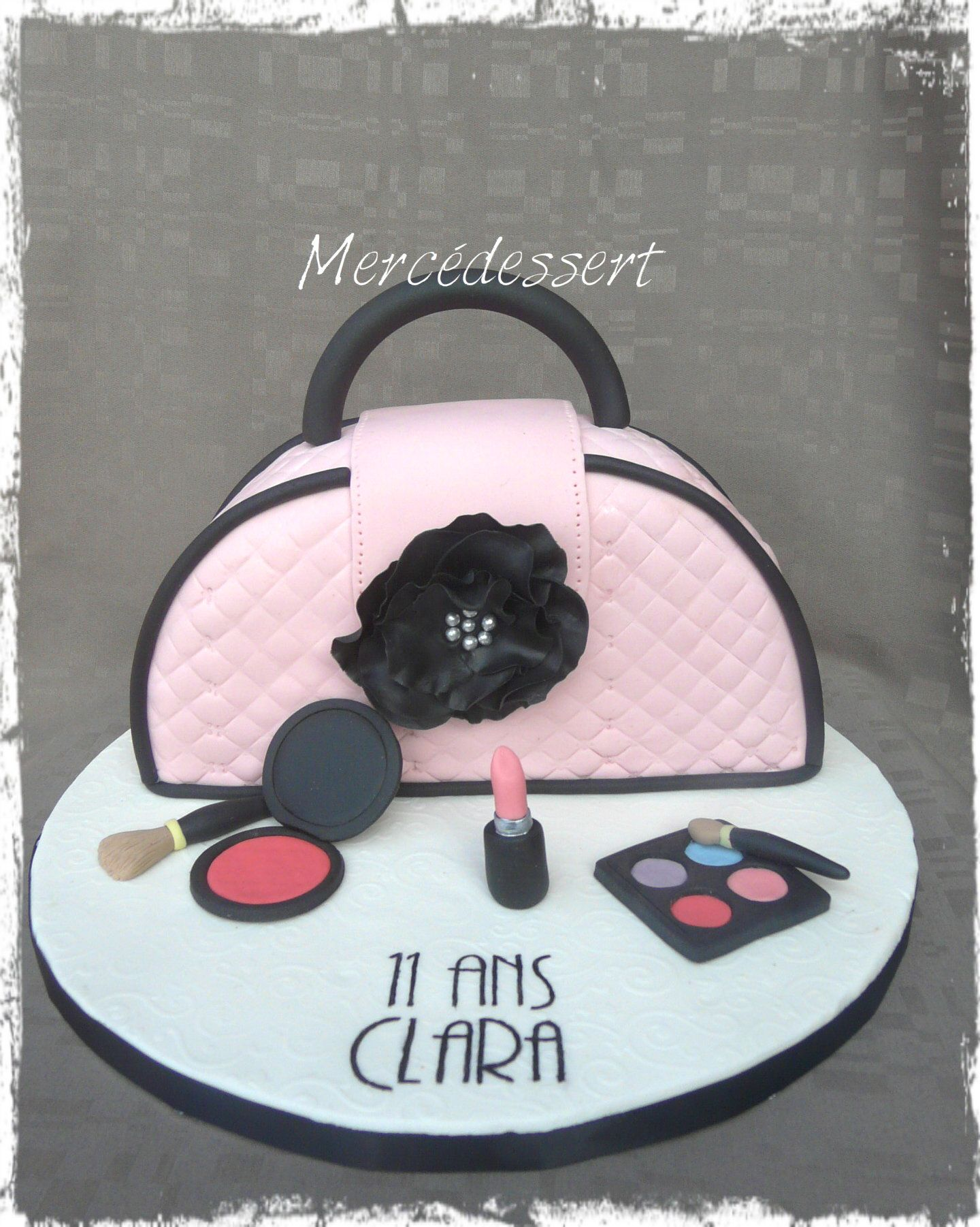Gâteau sac à main et maquillage Handbag and make up cake