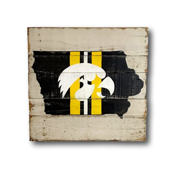 Iowa Hawkeyes Wall Hanging / State of Iowa Pallet Sign | Pallets ...