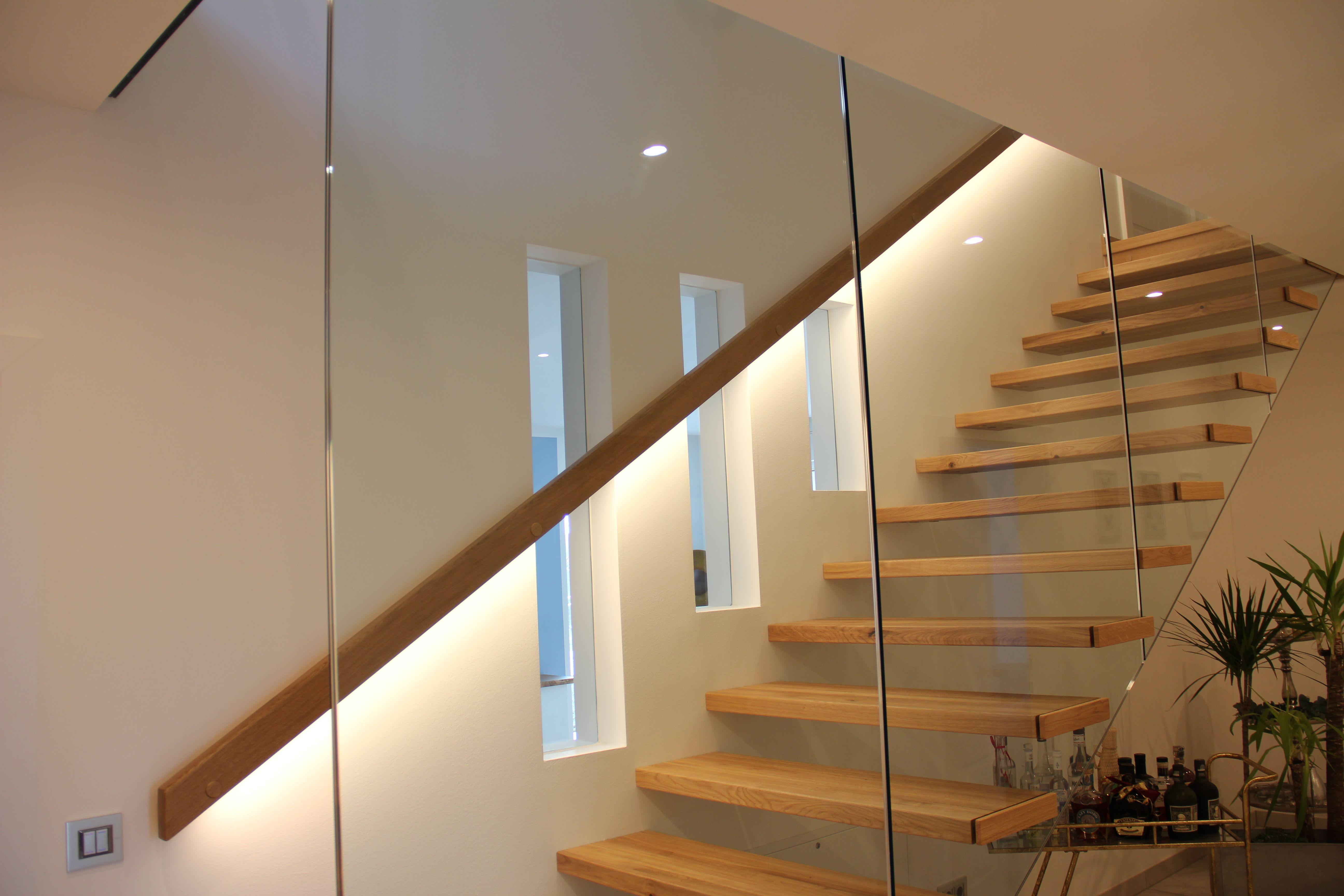 Treppenbeleuchtung In 2020 Treppenhaus Beleuchtung Treppenbeleuchtung Beleuchtung