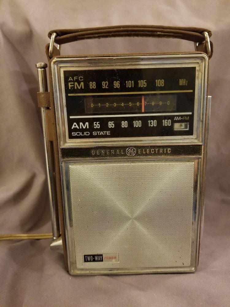 Ge Portable Radio Am Fm 2 Way Power Vintage General Electric Model 7 2877f Portable Radio General Electric Electricity