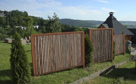 Bambus Sichtschutz In Cortenstahl Rahmen Nachhaltig Und Langlebig