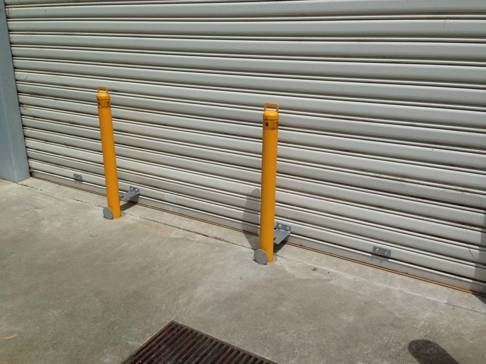 Australian Bollards - Anti Ram Raid Roller Shutter Door Shop Front Bollards - at Moorabbin & Australian Bollards - Anti Ram Raid Roller Shutter Door Shop Front ...