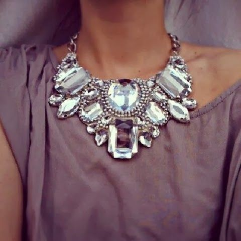 tendances de mode. Bijoux tendance.Bijoux fantaisie #colliers #necklaces #bijoux #jewelry . Bijoux Mode. Jewels, bijoux 2014, bracelet.