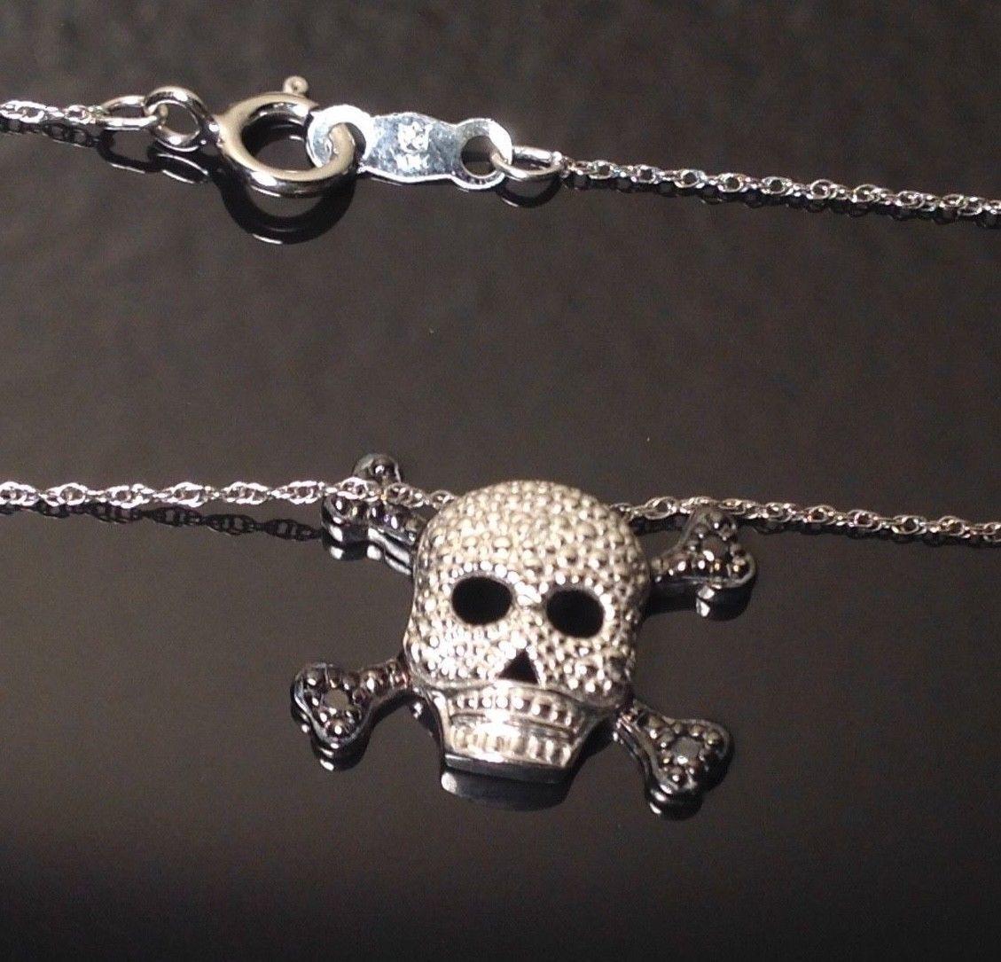 10k White Gold Skull Amp Cross Bones Black Amp White Sapphire Pendant Necklace Sapphire Necklace Pendants Gold Skull Sapphire Pendant