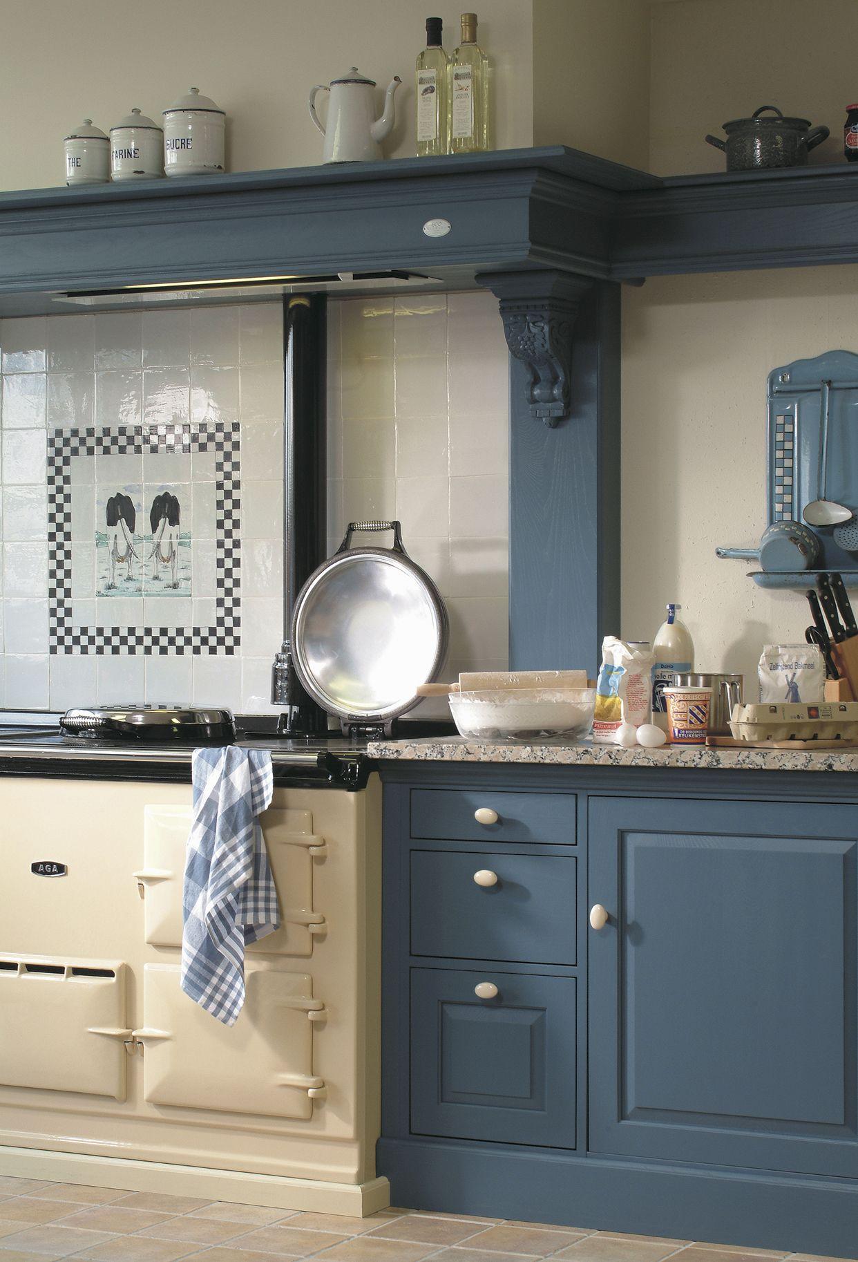 Oud Blauwe Keuken Met Klassiek Aga Fornuis Keuken Landelijke Keuken Ouderwetse Keuken