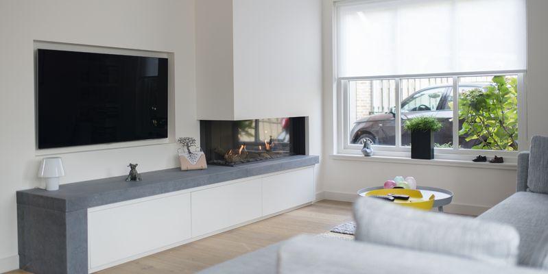 woonkamer modern inbouw schouw rechthoek licht & sprankelend gas ...