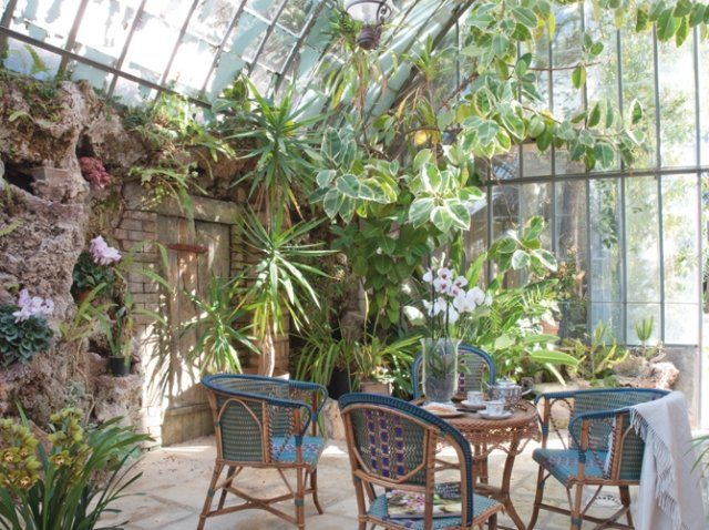 Wintergarten Pflanzen Bedinungen Essbereich Glas Fenster Decke ... Pflanzen Wintergarten Design Ideen