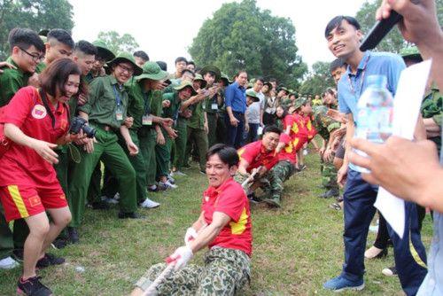 áo cờ đỏ sao vàng trường Đại Học Sư Phạm TDTT - Hình 4