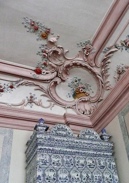 Rundale Palace Latvia クラウンモールディング 壁装飾 天井装飾
