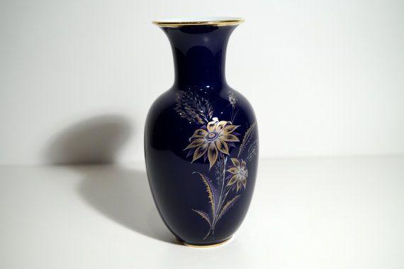 Hey, diesen tollen Etsy-Artikel fand ich bei https://www.etsy.com/de/listing/260521864/vintage-porzellan-vase-royal-porzellan