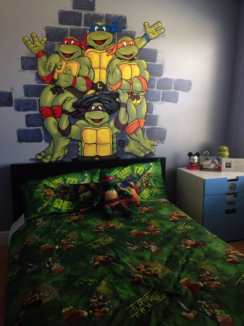 hulk wall mural for superhero fans boy room ideas pinterest tmnt hand painted wall mural boy room toddler preschool ninja turtles wall art custom made murals