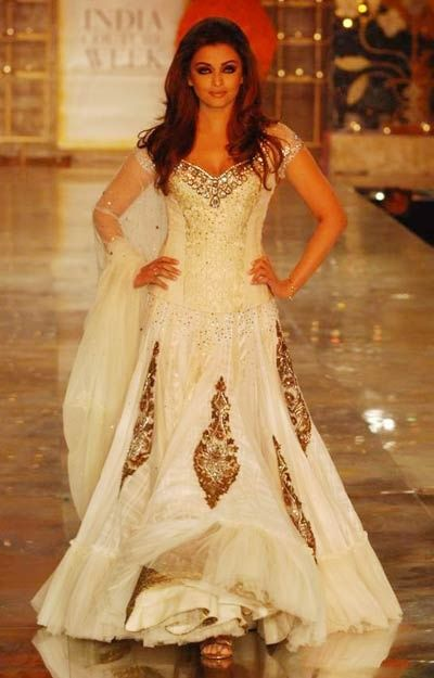 indian style wedding dress - Google Search | Indian Fashion ...