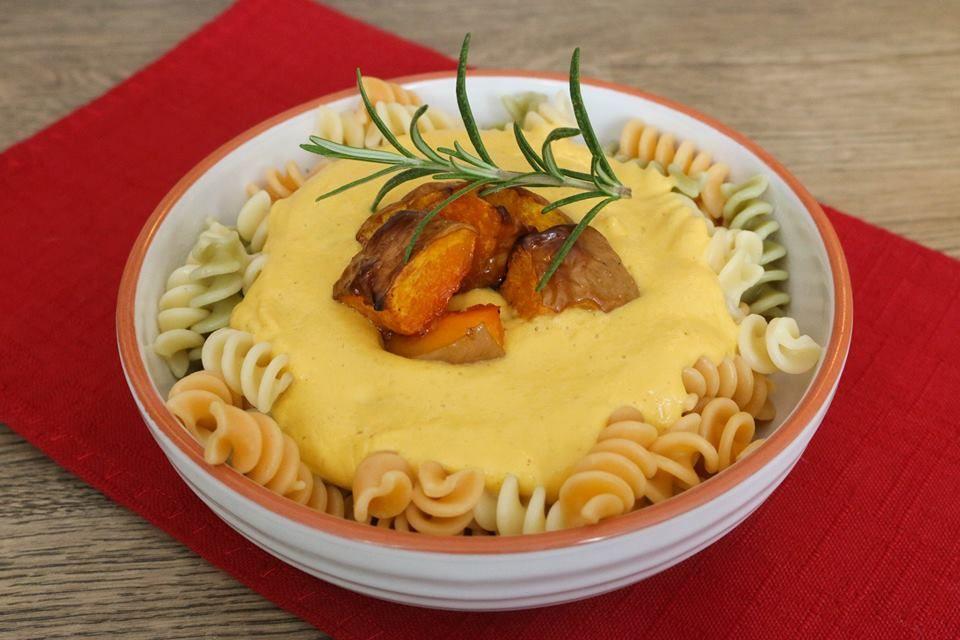 Sauce magique super crémeuse pour les pâtes {vegan | Pâtes ...