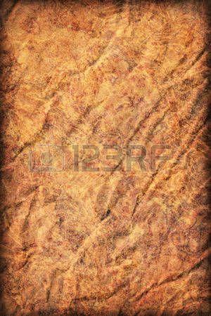 Fotograf�a del viejo reciclaje de papel Kraft marr�n, de grano grueso, aplastado arrugado, moteado, vi�eta grunge muestra de textura. photo