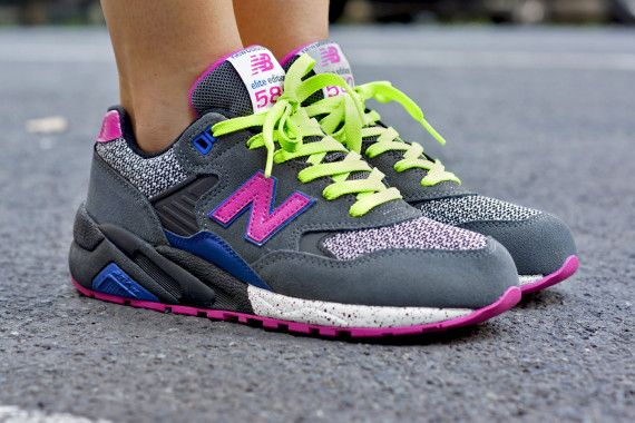 new balance elite edition 580 trainers in grey and pink