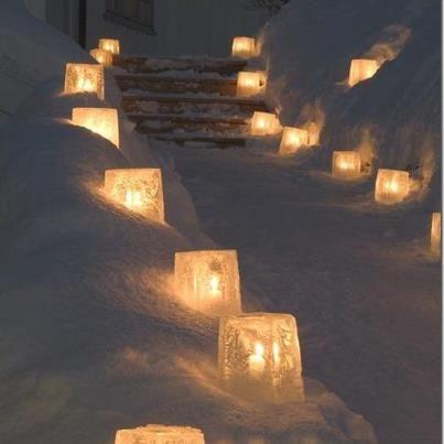iluminado #snowy stairs