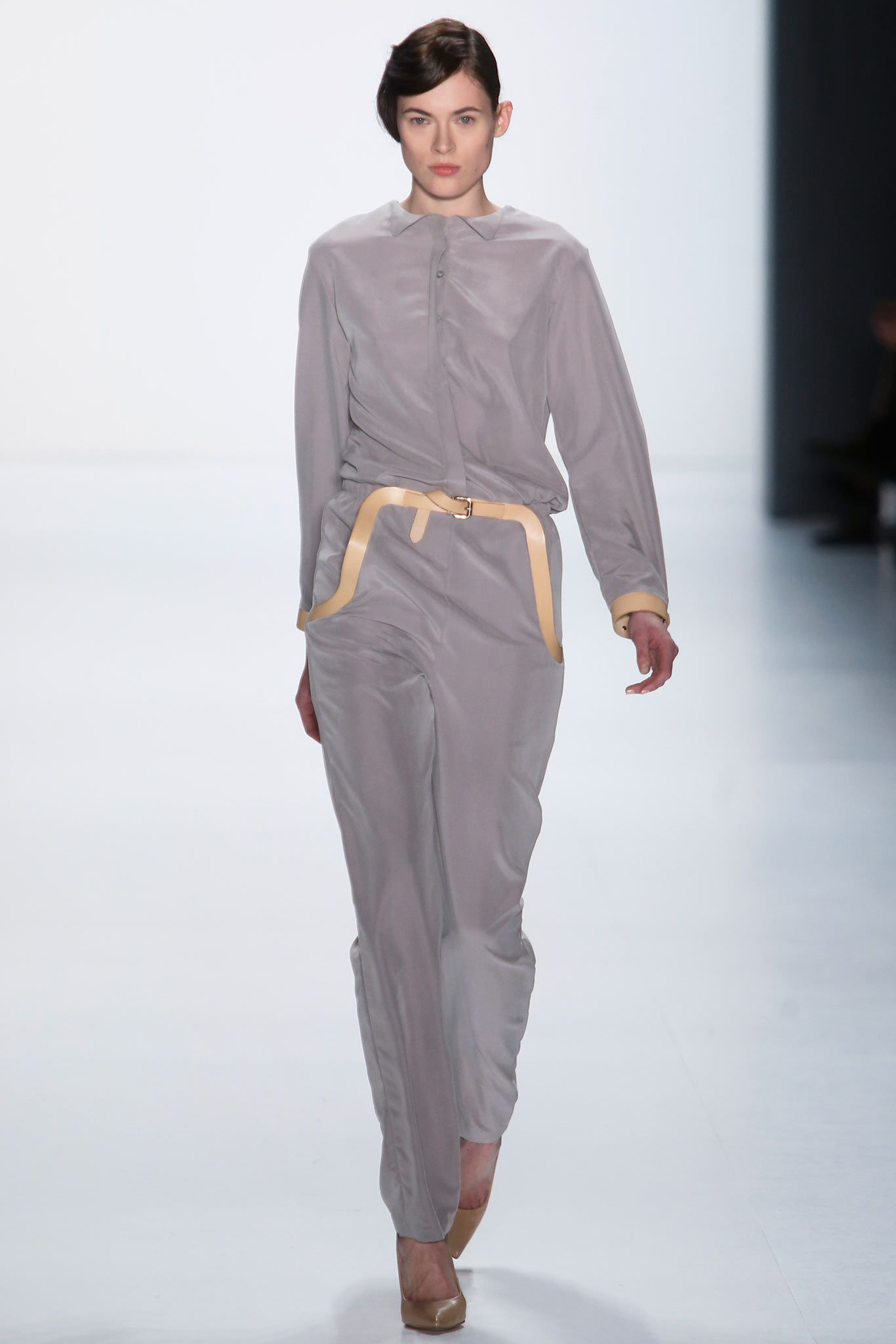 Marina Hoermanseder Berlin Fall 2015 - Collection - Gallery - Style.com