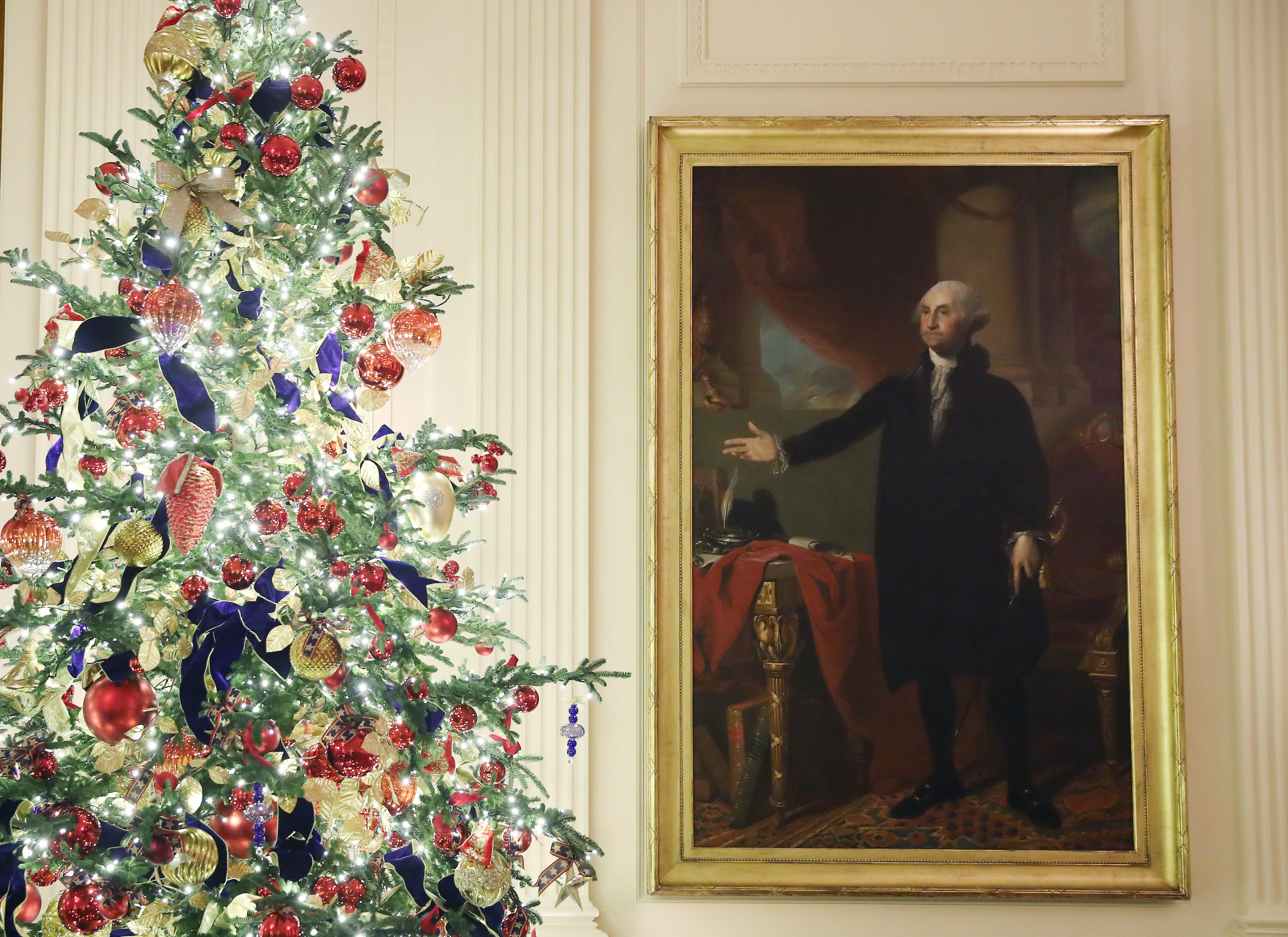 The White House S 2019 Christmas Decorations In Pictures White House Christmas White House Christmas Decorations White House Christmas Tree