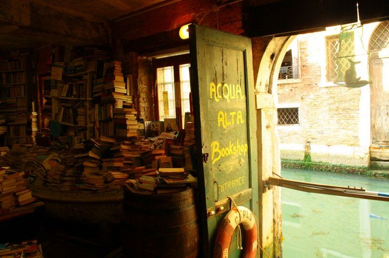 10 Inspiring Bookshops around the World   Messy Nessy Chic Messy Nessy Chic