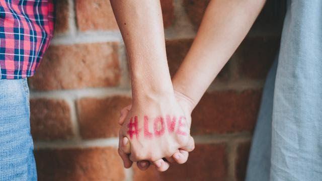 Gambar Kata Mutiara Sedih Karena Cinta 14 Kata Kata Bijak Cinta Sejati Yang Menyentuh Hati Kata Kata Galau Cinta Paling Sed Romantis Kata Kata Cinta Sejati