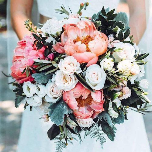 Plus de 38 idées de décoration de mariage corail pour illuminer votre fête - Décor de jardin