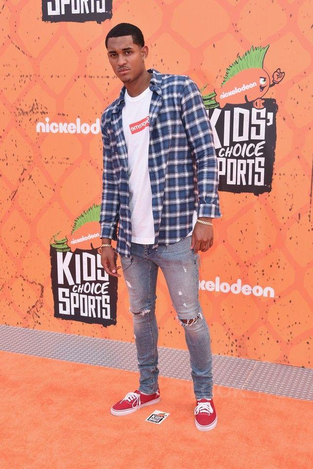 4c9a914b6ac3dc Jordan Clarkson - Arriving At The Kids Choice Awards on