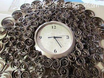 Función de viernes a imitación de bronce del reloj de pared | Artsy Sitcom craftsy de Suzy