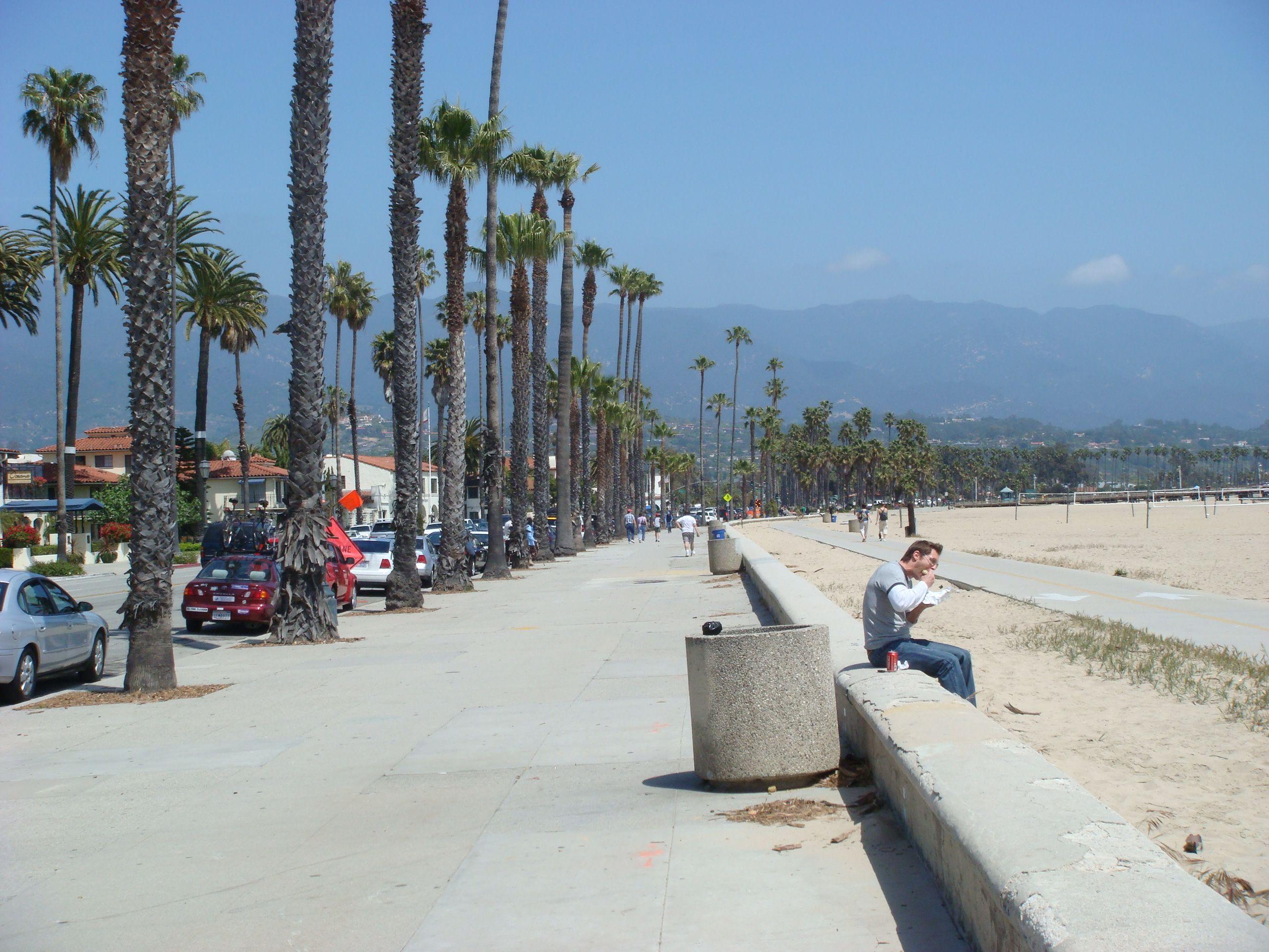 Http Www Firsttimecentralcoast Images Santa Barbara Bay Beach Boardwalk Jpg