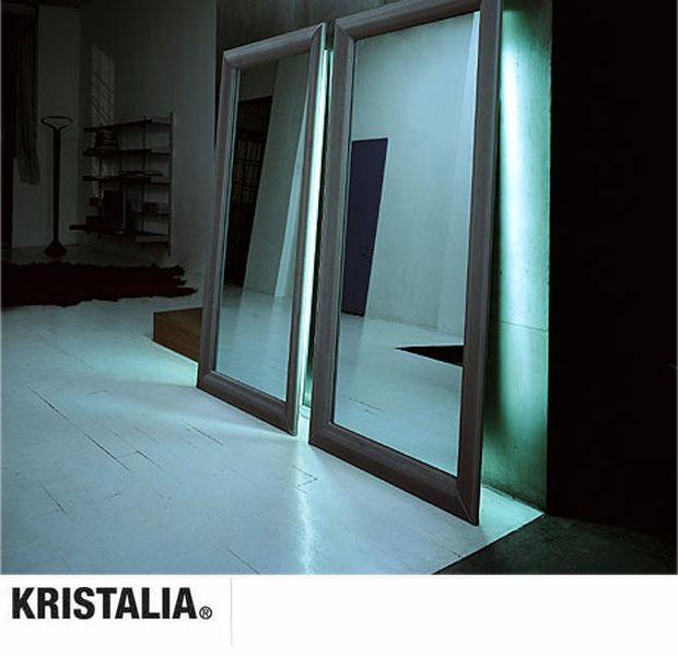 KRISTALIA - MAD SPIEGEL (Design: Monica Graffeo)
