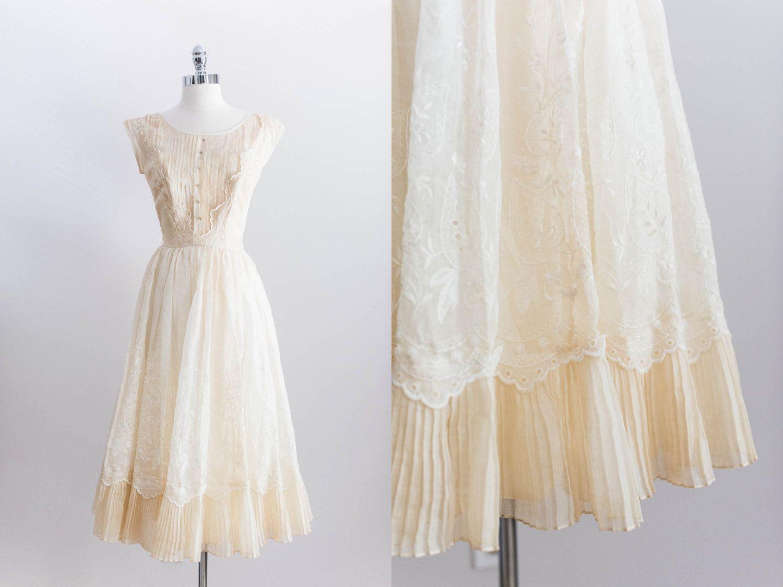 Elegan cream eyelet lace wedding dress by emmelinechic beautiful