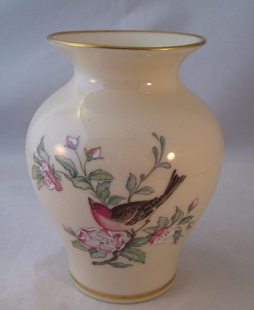 Lenox porcelain cosmopolitan serenade medium vase usa bird floral lenox porcelain cosmopolitan serenade medium vase usa bird floral 24k gold ret floridaeventfo Image collections