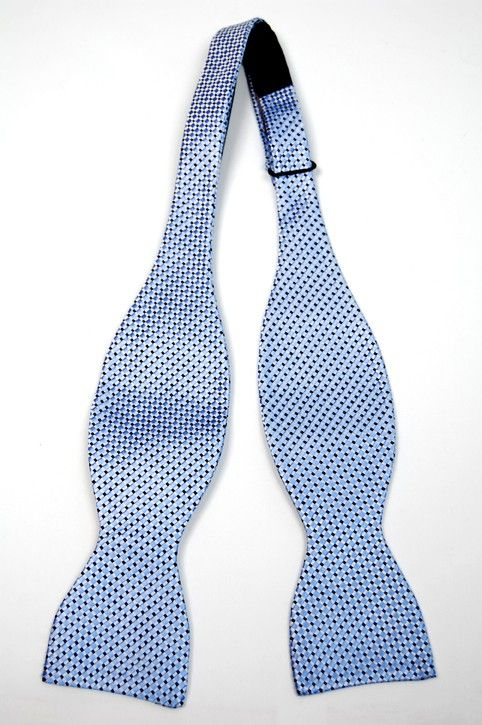 Untied bow tie from Tieroom, Notch PARKER, light blue base & a checked pattern in white & dark blue Notch