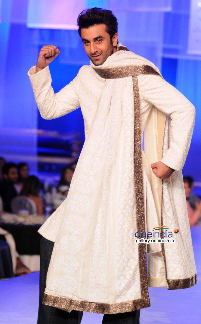 73c236f74aff Pin by SunjayJK ✾ DIVERSITY on Men s Fashions
