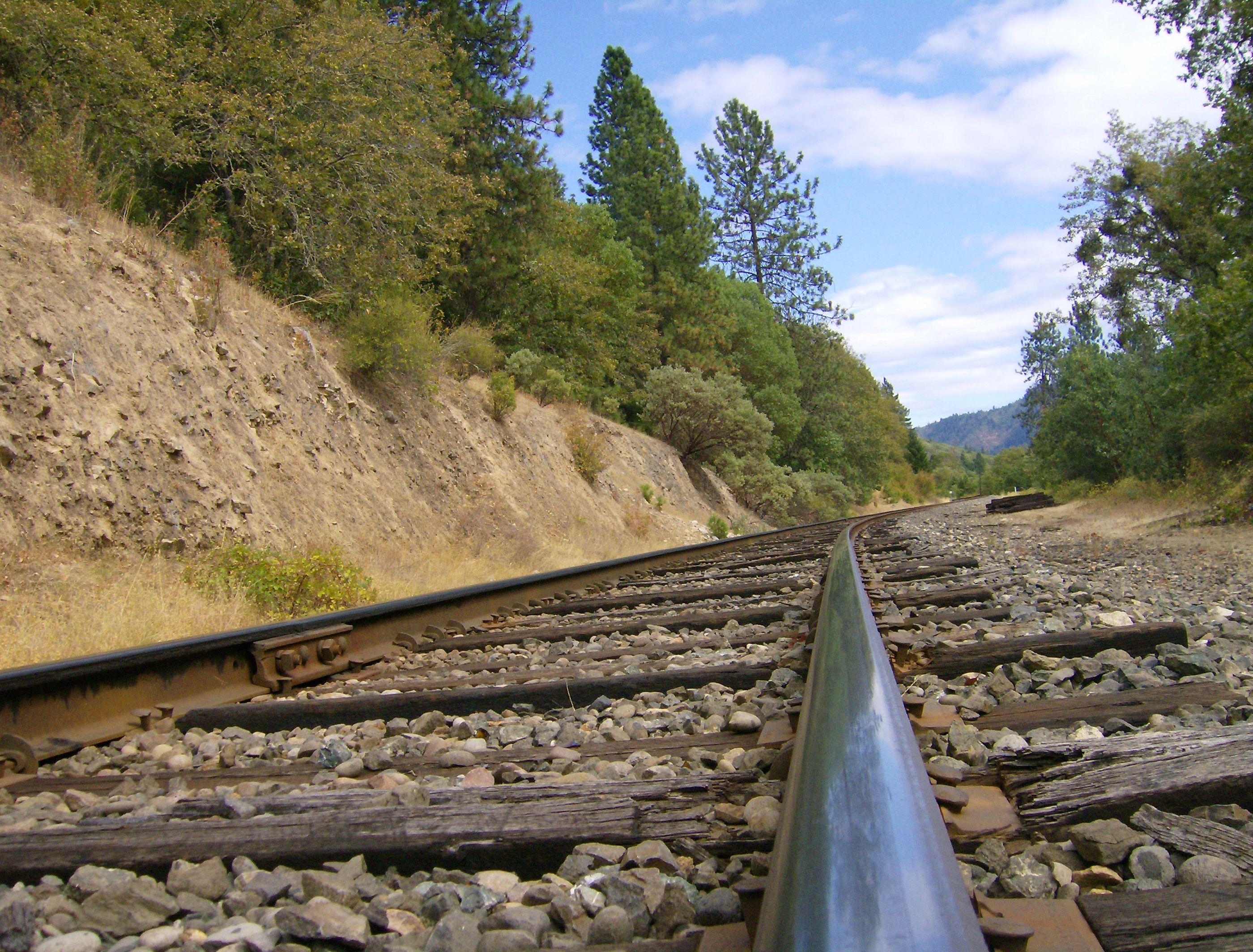 Grants pass disc golf course railroad tracks disc golf