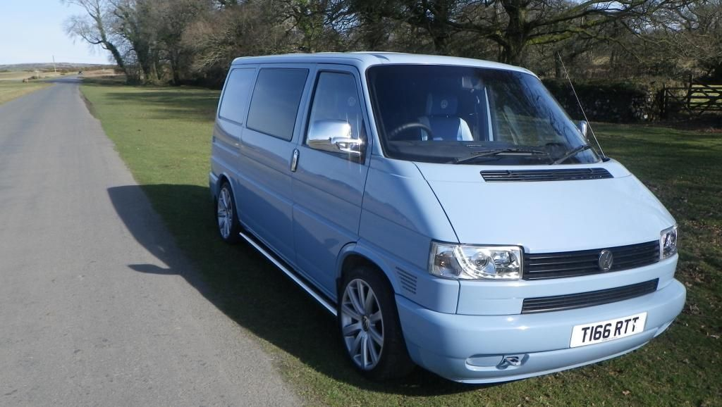 my blue van new with blue seats vw t4 forum vw t5 forum t4 rh pinterest com