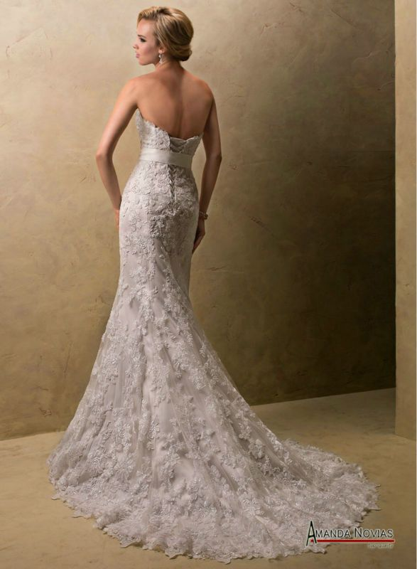 bello vestido de novia de encaje con corte sirena! | Bodas que adoro ...