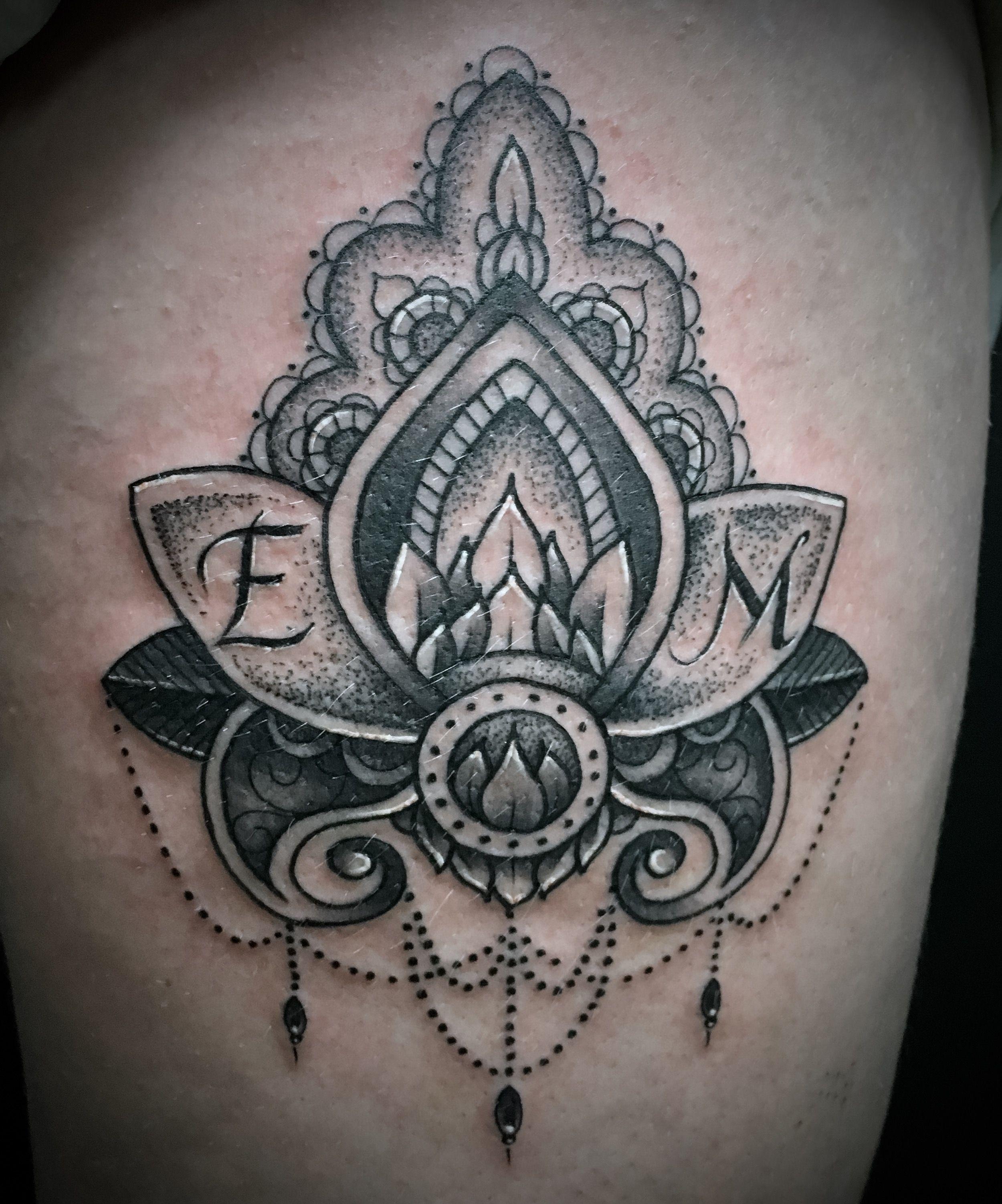 Mandala style lotus thigh tattoo tattoos pinterest tattoo mandala style lotus thigh tattoo izmirmasajfo