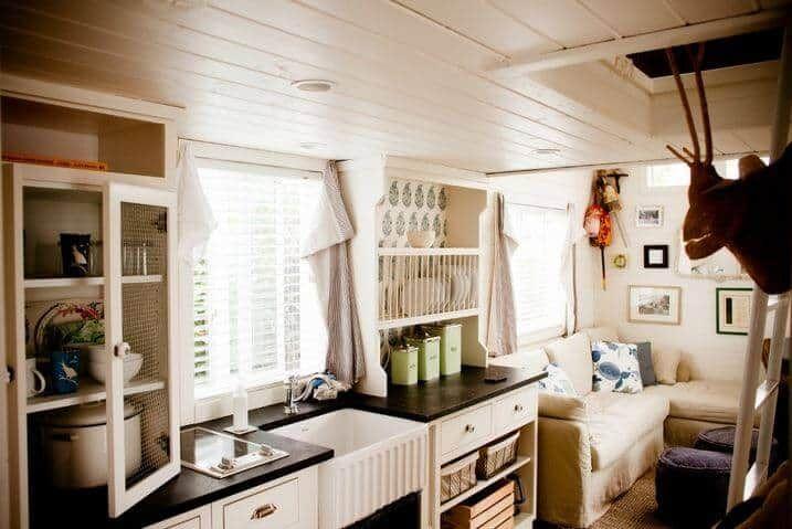 Park Model Home Decorating Ideas - Beach Cottage Chic #beachcottageideas