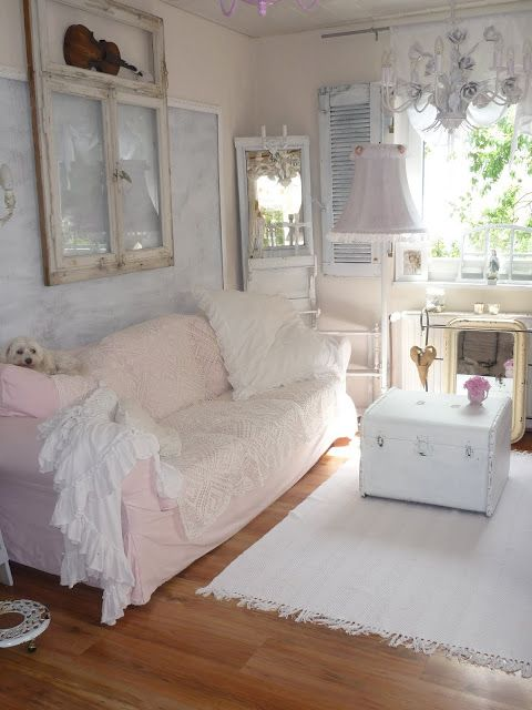 heavens ros cottage mehr wei e romantik im wohnzimmer windows pinterest heavens shabby. Black Bedroom Furniture Sets. Home Design Ideas