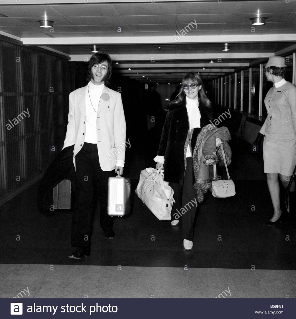 The Beatles Leaving Heathrow Airport For India Where They Will Meet Maharishi Mahesh Yogi On A Meditation Trip John Lennon And Lennon John Lennon The Beatles