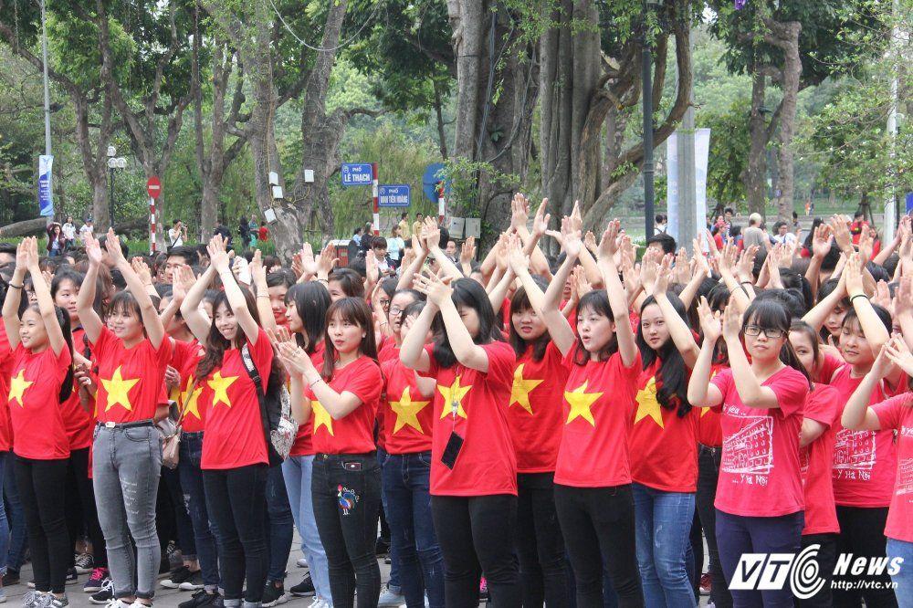 áo cờ đỏ sao vàng sự kiện ngày sở hữu trí tuệ thế giới - Hình 1