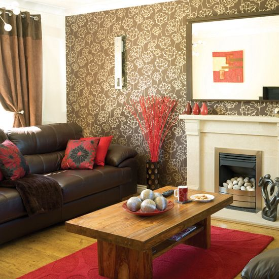 Brown leather couch decorating living room decorating for Living room paper ideas