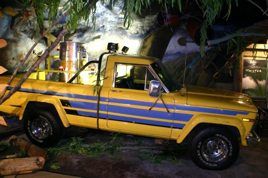 1982 Jeep Pickup From Movie Twister Jeep Pickup Jeep Old Jeep
