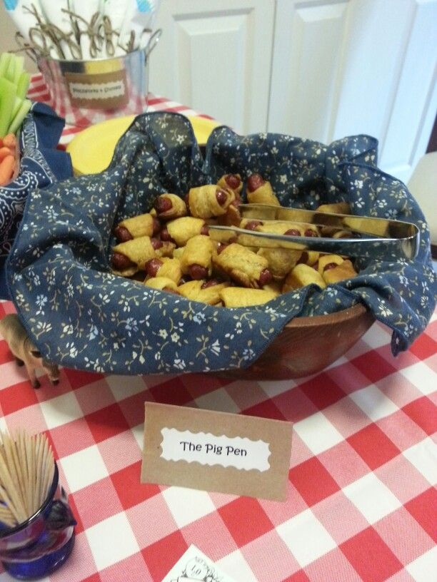 Farm Themed Birthday Party The Pig Pen Pigs In A Blanket