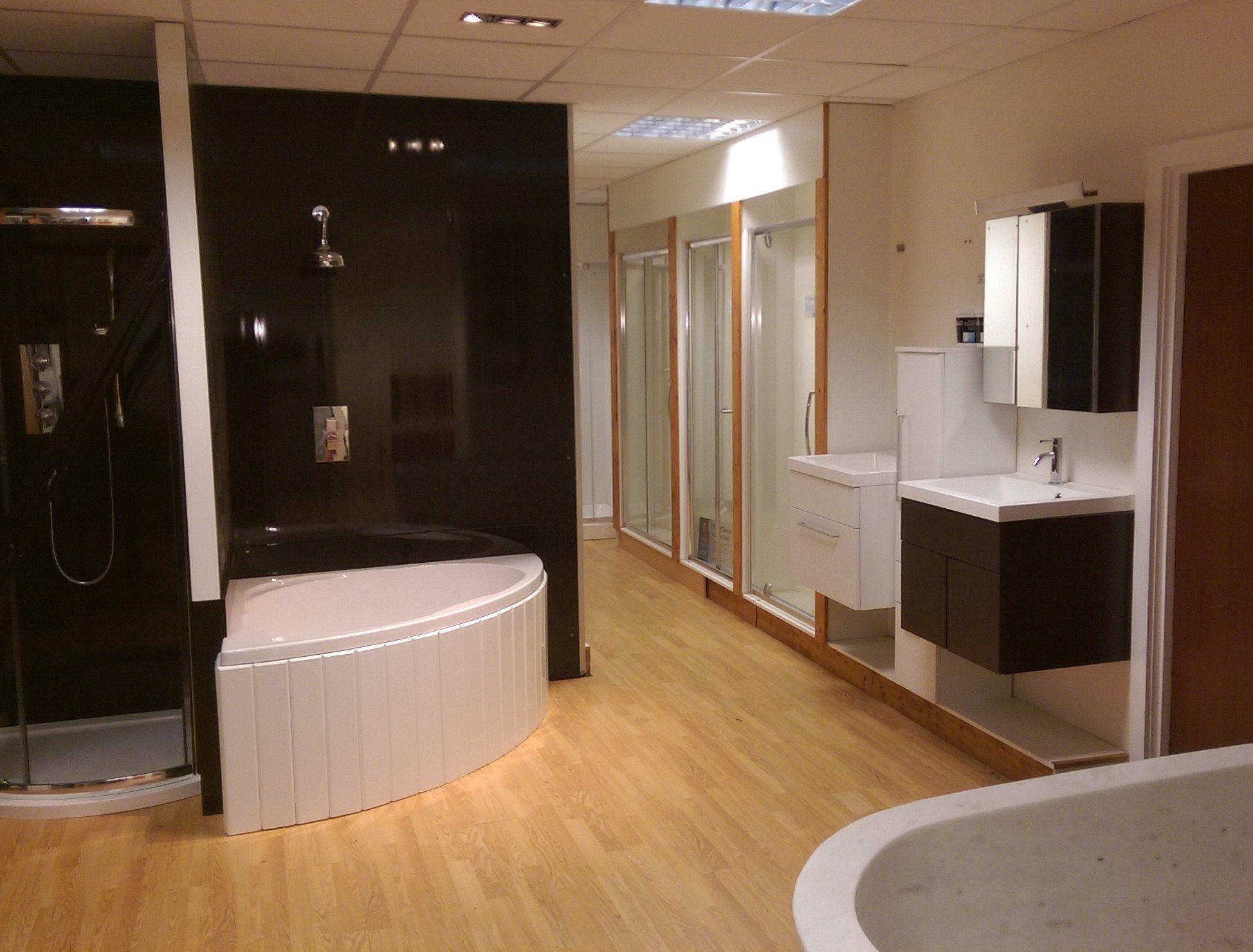 BathPanelStore.co.uk Kent Showroom | Bath tub Small | Pinterest ...
