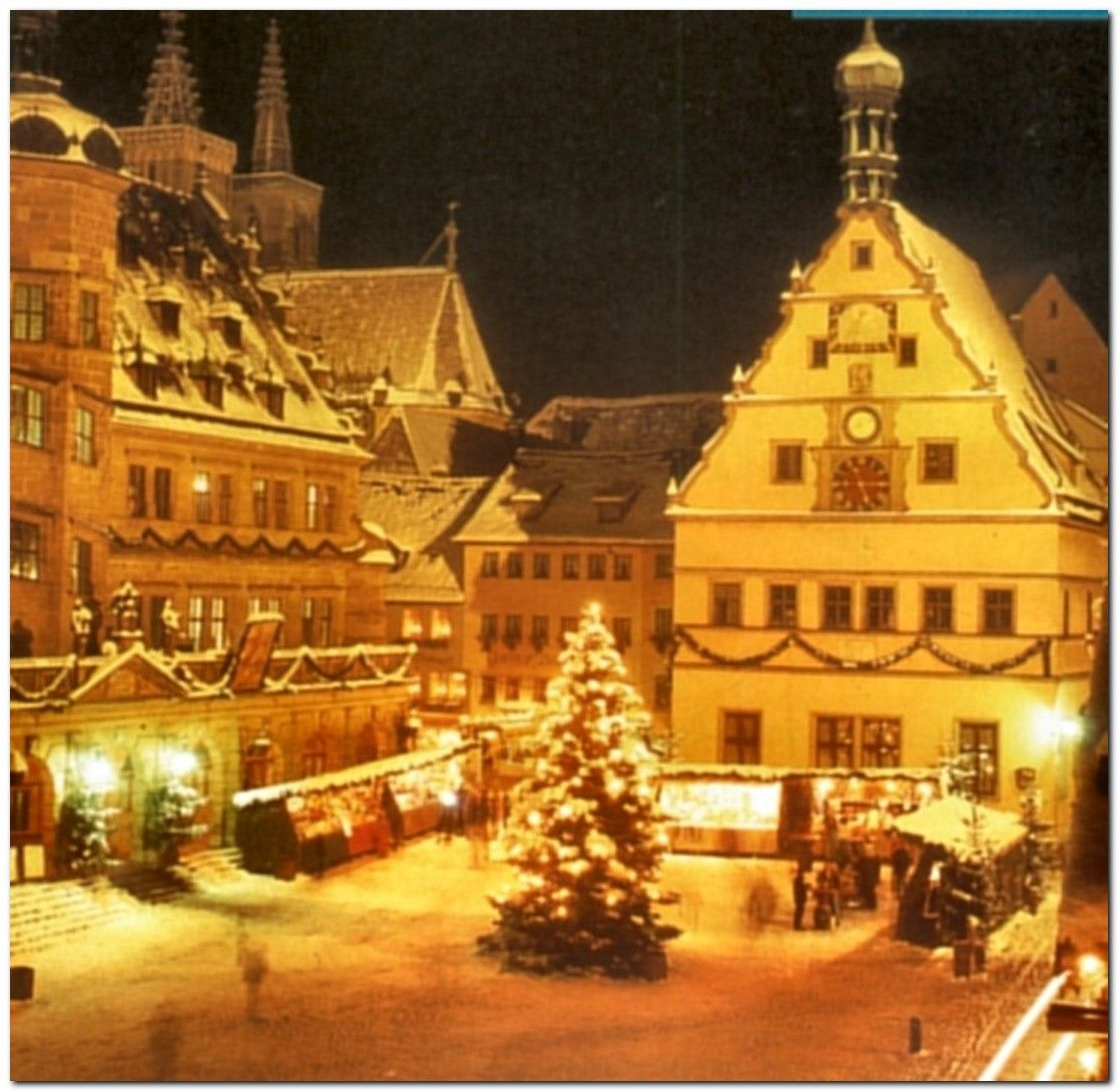 """Christmas in Austria  This looks like a """"Snow Village"""" scene."""