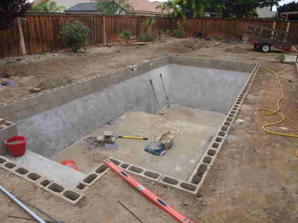 Diy inground pools kits house ideas diy in ground - Cinder block swimming pool construction ...