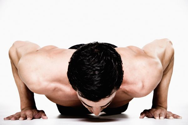 Diete Per Perdere Peso Velocemente Uomo : 3 tips to improving your pushup mens health & wellness pinterest